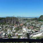 ダナン郊外の絶景スポット五行山で神秘的な洞窟と寺院巡り!