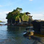 海に浮かぶ神秘のタナロット寺院!サンセット時間に訪れて絶景を眺めよう
